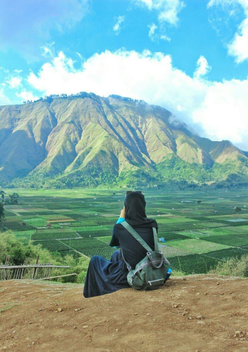 9 Eksotika Surga Kecil Di Kaki Gunung Rinjani Kumparan