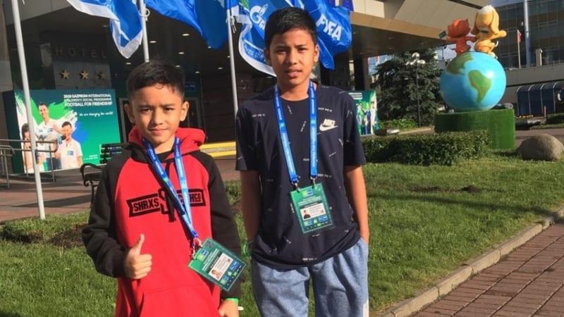 Dua anak Indonesia di Rusia