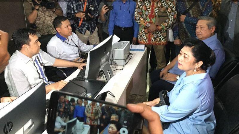 SBY di gedung Bareskrim