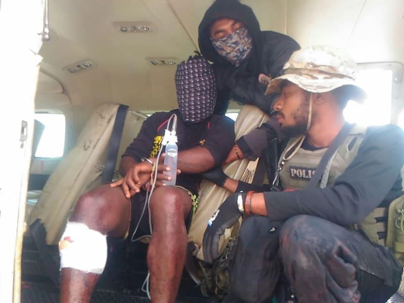 Polisi tangkap pelaku penembakan aparat di Papua.