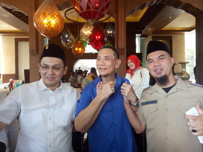 Farhat Abbas, Lieus Sungkharisma, dan Ahmad Dhani