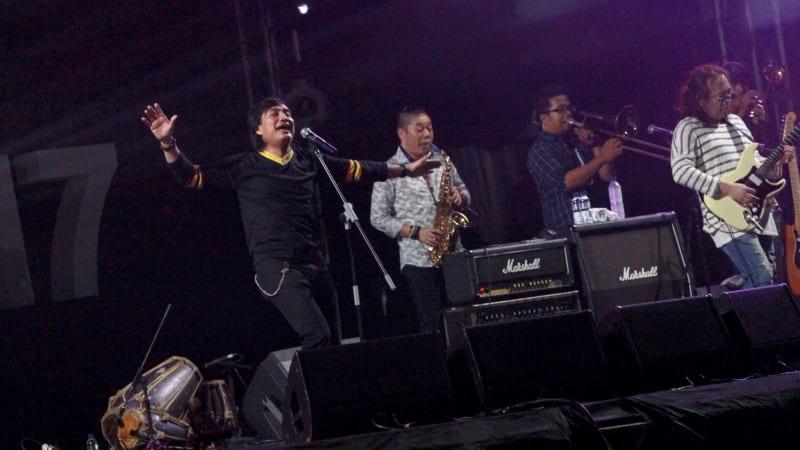 Kla Project di Prambanan Jazz