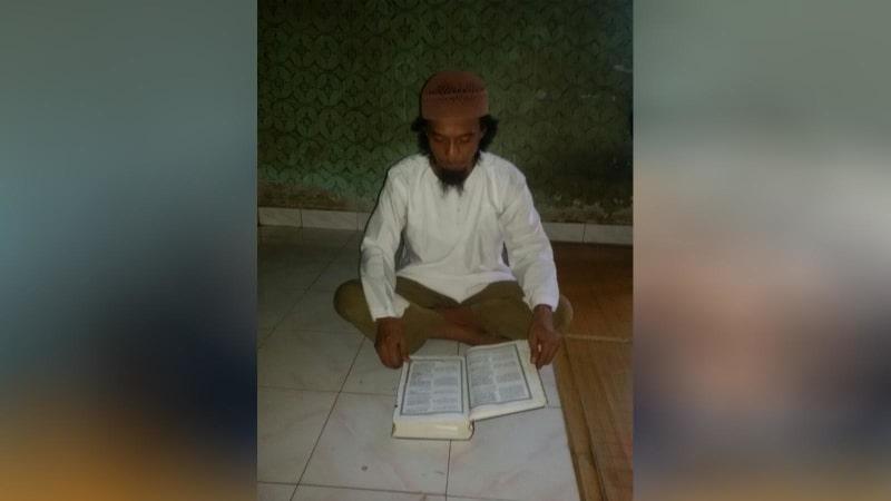 Pelaku terduga teroris di Mapolda Riau.