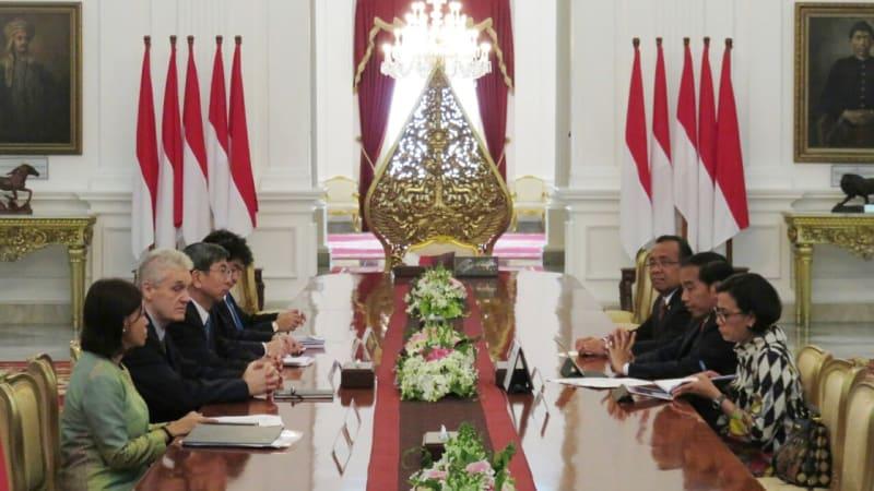 Jokowi Terima Presiden ADB