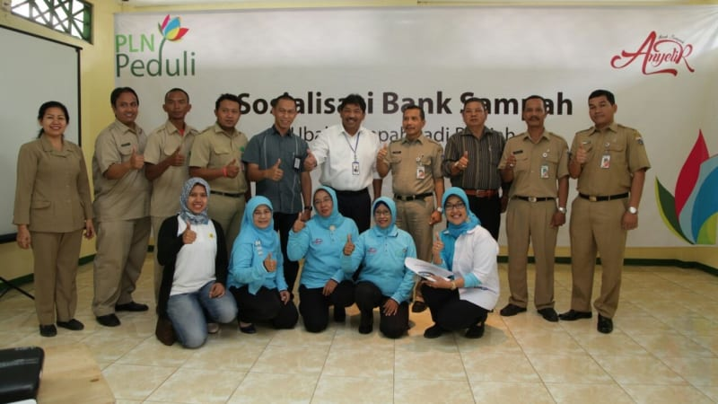 Program Bank Sampah PLN