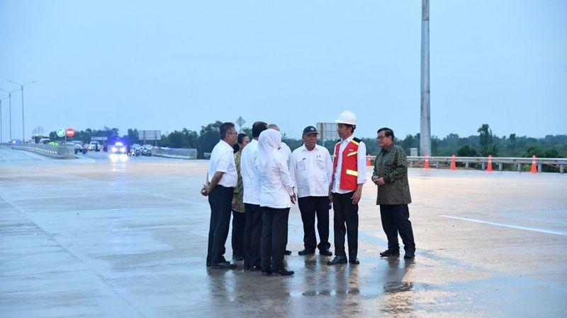 Presiden Jokowi resmikan jalan tol di Sumsel