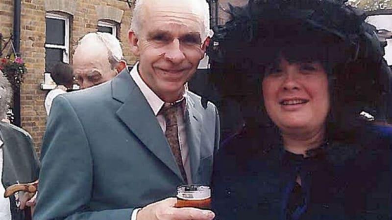 Andrew Lane dan Istrinya