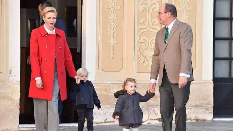 Putri Charlene bersama Keluarga