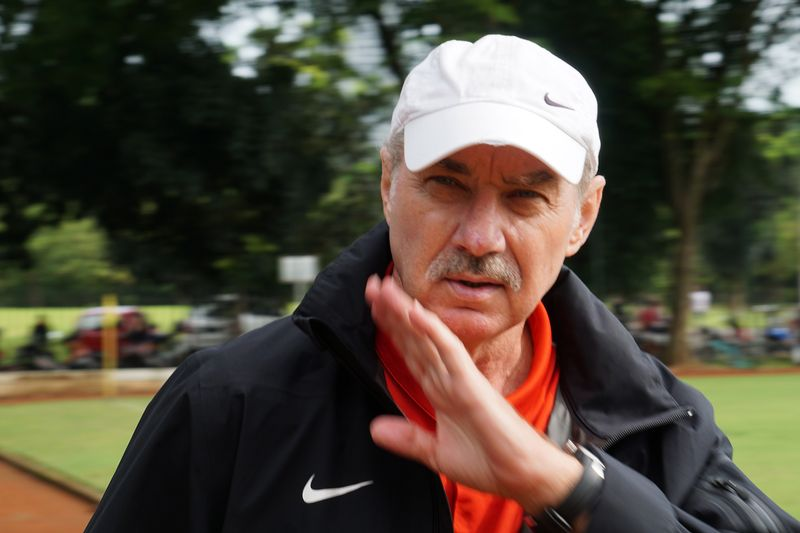 Alfred Riedl