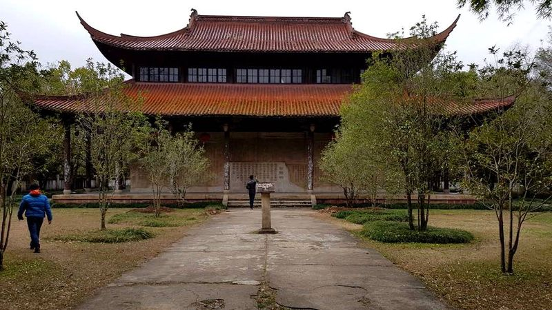 Main rakit di Wuyishan, China.