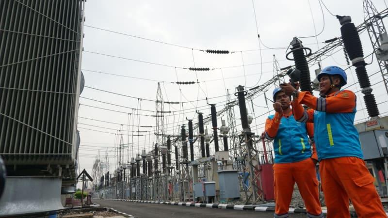 Pasukan siaga PLN Transmisi Jawa Bagian Barat (TJBB)