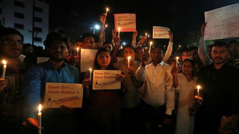 Aksi Protes perkosaan bocah di India