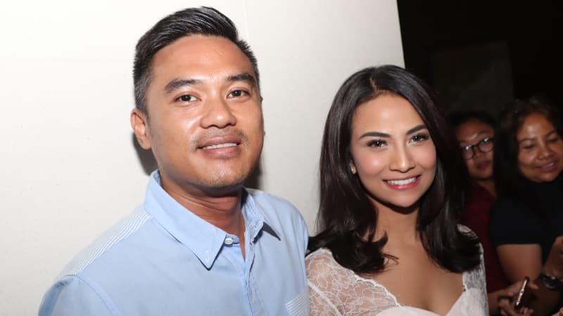 Lingga dan Vanessa Angel