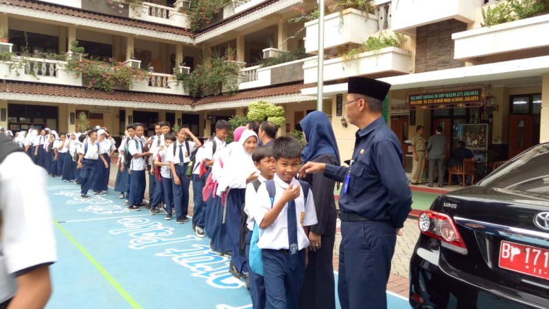 Ilustrasi siswa SMP