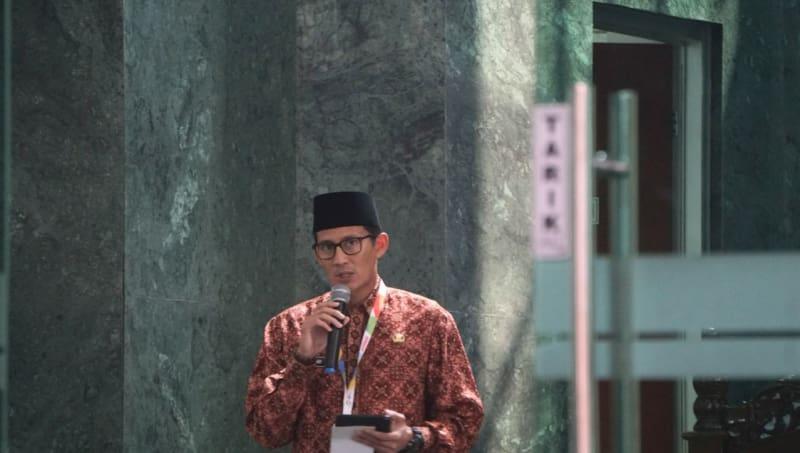 Sandiaga Uno, Masjid Balai Kota