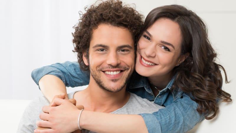 Menikah Bisa Membuat Kamu Lebih Bahagia