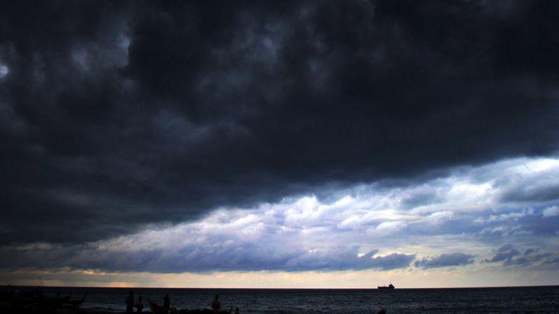 Ilustrasi cuaca buruk