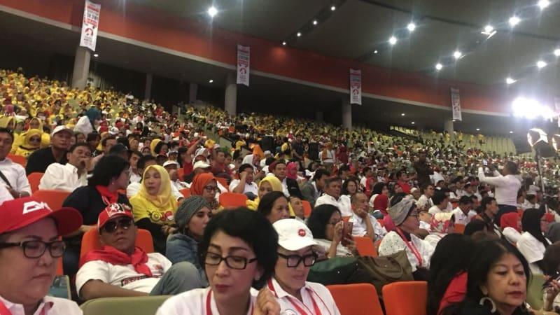 Relawan Jokowi, Sentul, Rapat umum