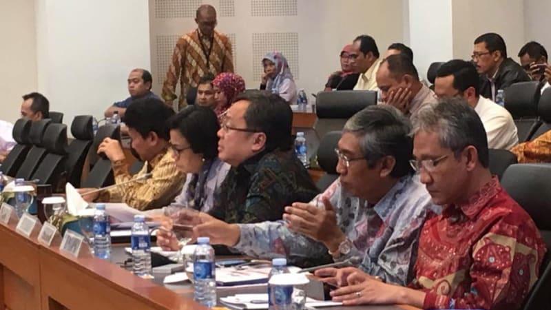 Sri Mulyani rapat dengan DPR