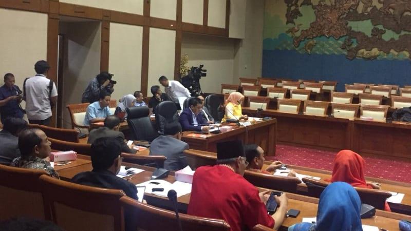 RDP Komisi II DPR dengan KPU dan Bawaslu