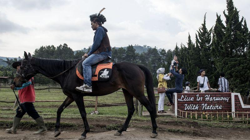 pengunjung de ranch ricuh dan berkelahi karena berebut