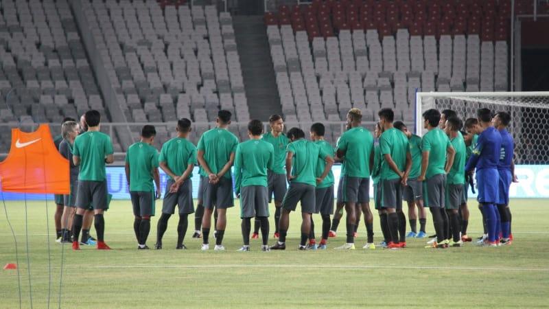 Latihan Timnas Indonesia melawan Islandia di SUGBK