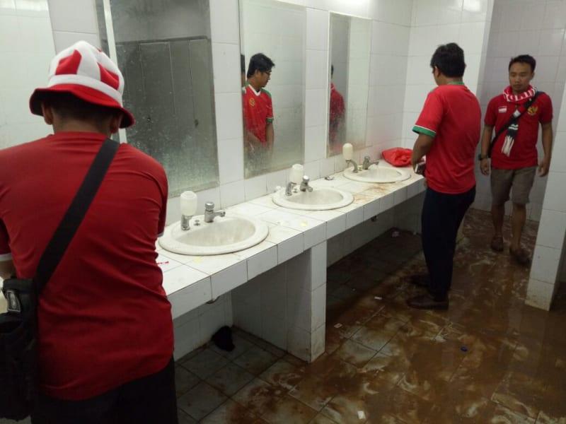 Kondisi toilet di Stadion Pakansari, Kabupaten Bogor