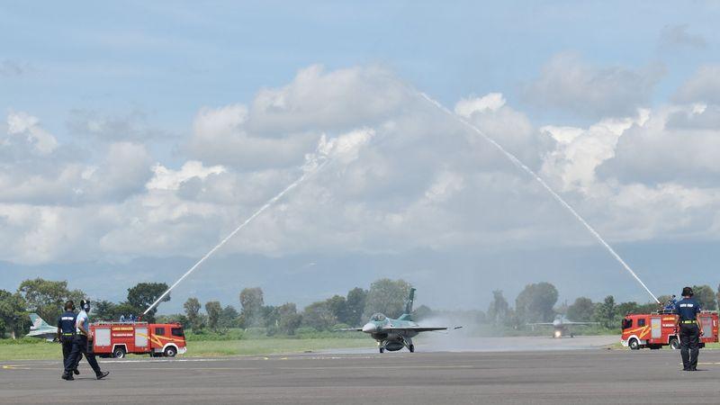Penyerahan 24 Pesawat F-16