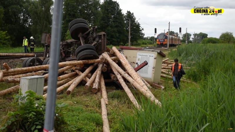 Tabrakan Truk dan Kereta Api di Polandia, 1 Orang Tewas