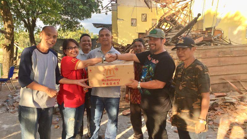 McDonald's Indonesia Bagikan Ribuan Paket Makanan