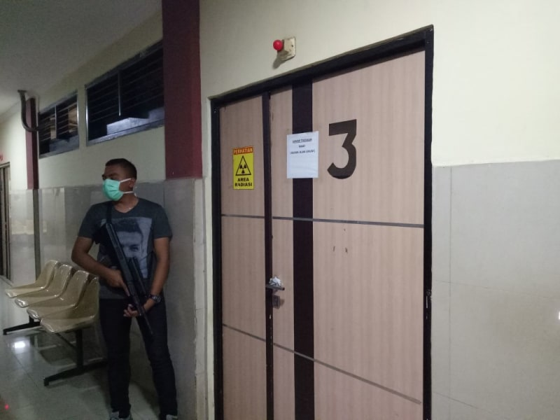 Ruang Perawatan Teroris (tidak untuk cover)