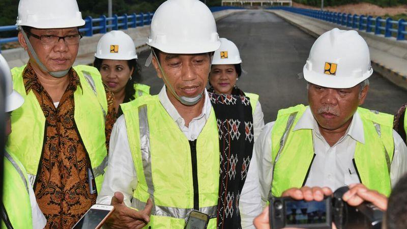 Presiden Joko Widodo resmikan Bendungan Raknamo