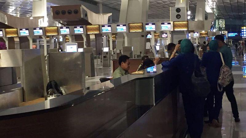 Kondisi tempat check in Garuda Indonesia