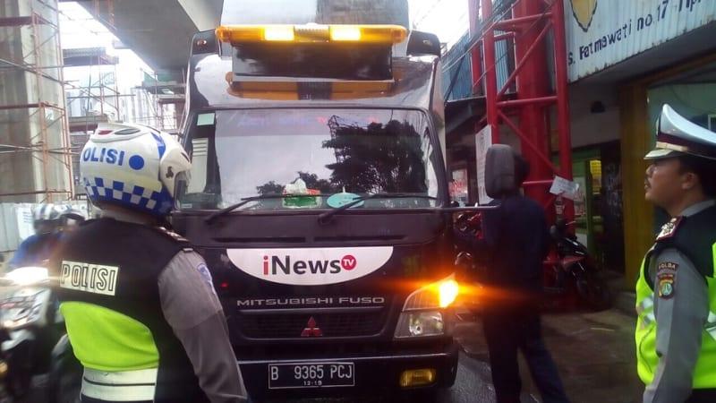 Mobil I News TV ditilang