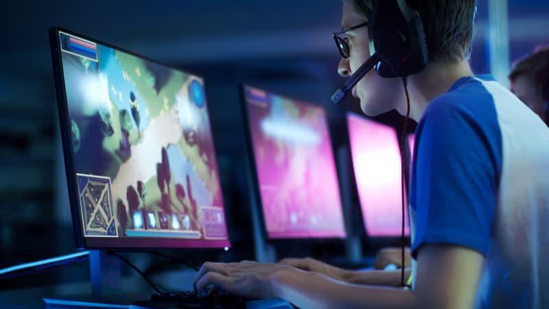 com-Main Game Online 1