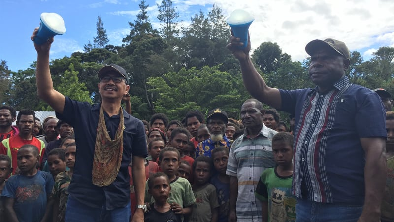 Lapangan penerbangan, papua, Yahukimo, bantuan Lampu Tenaga Surya Hemat Energi