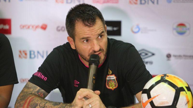 Pelatih Bhayangkara FC, Simon McMenemy