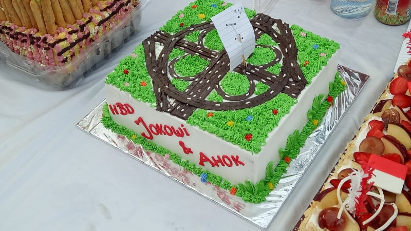 Image result for kue Ulang Tahun Ahok 52 tahun