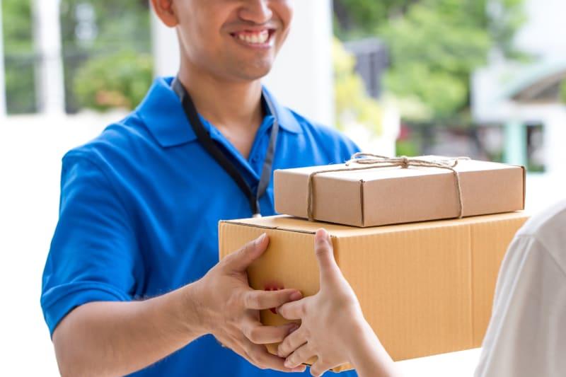 com-Bisnis Pengiriman Logistik
