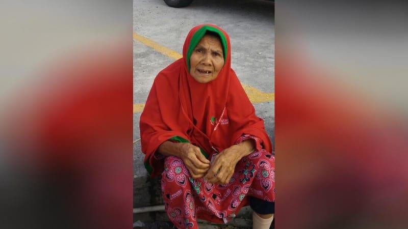 Mak Upiak menjadi salah satu korban penipuan yang dilakukan First Travel.