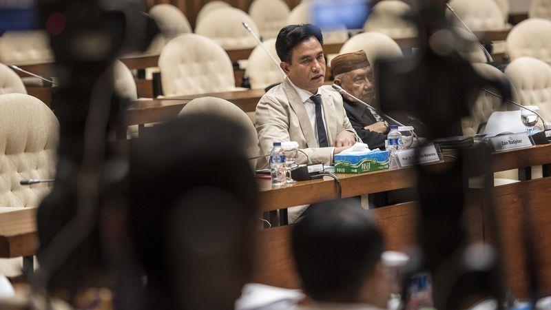 Yusril Ihza Mahendra di Kompleks Parlemen