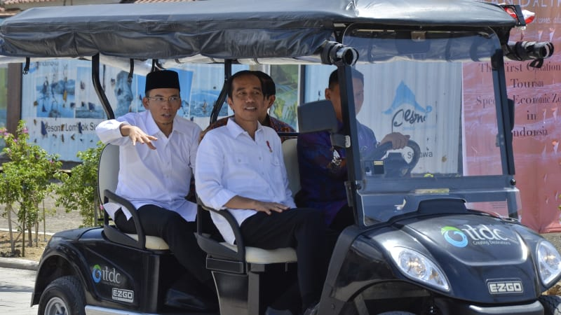 LIPSUS GURU BAJANG, Jokowi dan TGB berkeliling KEK Mandalika