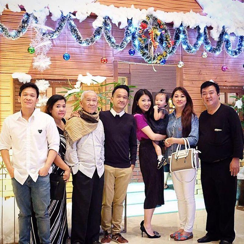 Selebriti Natalan di Luar Jakarta