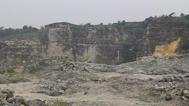 Kawasan Karst Pangkalan Karawang