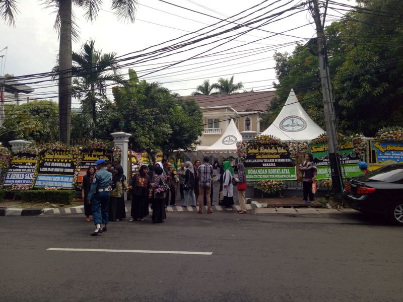 Rumah duka Wakasal Laksamana Madya TNI Arie H. Sembiring