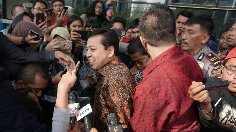 Setya Novanto usai menjalani pemeriksaan di KPK
