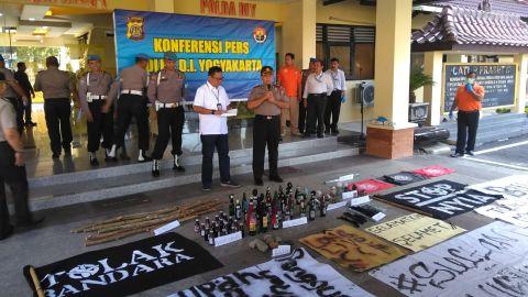 Polisi amankan barbuk demo di UIN Sunan Kalijaga