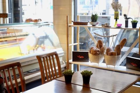 Menelusuri 3 Bakery Tertua di Jakarta - kumparan com