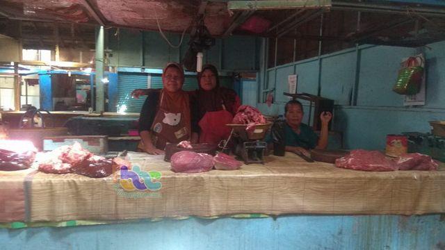 Harga Daging, Ayam, Ikan dan Telur di Pasar Bojonegoro Alami Kenaikan Bervariasi