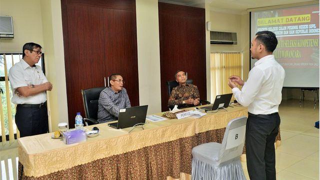 Menkumham dan Menpan-RB Pantau Pelaksanaan Sistem e-wawancara CPNS